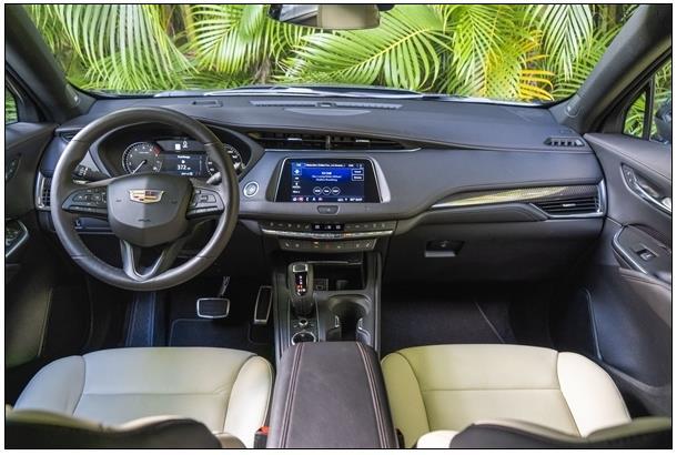 发动机2缸/4缸可变!凯迪拉克新款XT4售25.97万起:2.0T+9AT